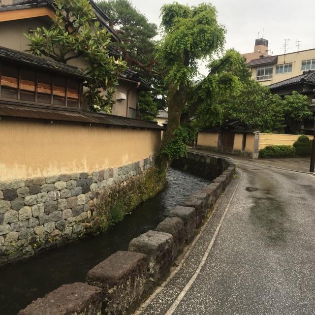 雨の日の観光
